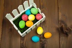 ζωηρόχρωμα αυγά Πάσχας Στοκ Φωτογραφίες