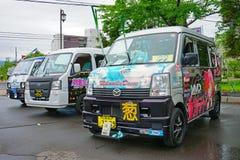 Ζωηρόχρωμα αυτοκίνητα που διακοσμούνται σε cosplay για το φεστιβάλ Toyako Manga Anime Festa Στοκ φωτογραφία με δικαίωμα ελεύθερης χρήσης