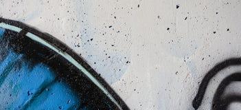 Ζωηρόχρωμα γκράφιτι που χρωματίζουν στον τοίχο, υπόβαθρο εμβλημάτων τέχνης οδών Στοκ Εικόνα