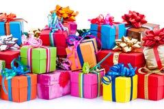 ζωηρόχρωμα δώρα κιβωτίων στοκ φωτογραφία