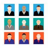 Ζωηρόχρωμα εικονίδια επιχειρησιακών αρσενικά προσώπων που τίθενται στο καθιερώνον τη μόδα επίπεδο ύφος Στοκ Εικόνα