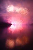 Ζωηρόχρωμα θεαματικά πυροτεχνήματα Στοκ Εικόνα