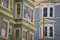 Ζωηρόχρωμα διαμερίσματα στο Σαν Φρανσίσκο, Καλιφόρνια Στοκ φωτογραφίες με δικαίωμα ελεύθερης χρήσης