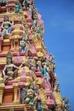 Ζωηρόχρωμα ινδά αγάλματα στο antient ναό Στοκ φωτογραφία με δικαίωμα ελεύθερης χρήσης