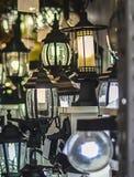 Ζωηρόχρωμα κομμάτια στο κατάστημα και το κατάστημα Στοκ Φωτογραφίες