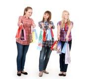 ζωηρόχρωμα κορίτσια ψωνίζ&omicr στοκ εικόνα