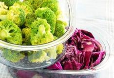 ζωηρόχρωμα λαχανικά ατμοπλοίων Στοκ εικόνα με δικαίωμα ελεύθερης χρήσης