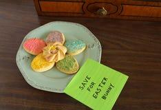 Ζωηρόχρωμα μπισκότα ζάχαρης Πάσχας Στοκ φωτογραφία με δικαίωμα ελεύθερης χρήσης