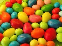 Ζωηρόχρωμα νόστιμα γλυκά στοκ εικόνα με δικαίωμα ελεύθερης χρήσης