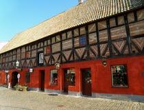 Ζωηρόχρωμα παραδοσιακά παλαιά κτήρια στο Lilla torg λίγο τετράγωνο, Μάλμοε Στοκ Φωτογραφίες