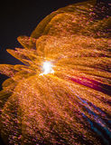 Ζωηρόχρωμα πυροτεχνήματα στον ουρανό Στοκ Εικόνες