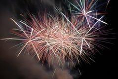 Ζωηρόχρωμα πυροτεχνήματα Στοκ Φωτογραφίες