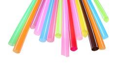 Ζωηρόχρωμα πλαστικά άχυρα που χρησιμοποιούνται για την κατανάλωση των μη αλκοολούχων ποτών Στοκ φωτογραφίες με δικαίωμα ελεύθερης χρήσης