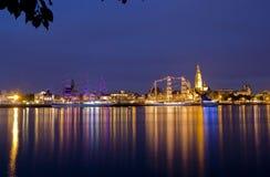 Ζωηρόχρωμα σκάφη πανιών τή νύχτα Στοκ Εικόνα