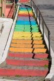 Ζωηρόχρωμα σκαλοπάτια στη Ιστανμπούλ Στοκ εικόνα με δικαίωμα ελεύθερης χρήσης