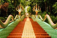 Ζωηρόχρωμα σκαλοπάτια του chanthaburi khao wat sukim Στοκ φωτογραφία με δικαίωμα ελεύθερης χρήσης