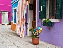 Ζωηρόχρωμα σπίτια στην Ιταλία Στοκ εικόνες με δικαίωμα ελεύθερης χρήσης