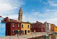 Ζωηρόχρωμα σπίτια στην Ιταλία Στοκ φωτογραφία με δικαίωμα ελεύθερης χρήσης