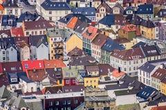 Ζωηρόχρωμα σπίτια στο Μπέργκεν που βλέπει άνωθεν Στοκ εικόνες με δικαίωμα ελεύθερης χρήσης