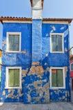 Ζωηρόχρωμα σπίτια Burano Βενετία Στοκ φωτογραφία με δικαίωμα ελεύθερης χρήσης