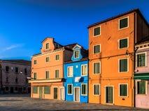 ζωηρόχρωμα σπίτια burano Στοκ Φωτογραφία