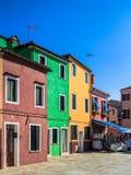 ζωηρόχρωμα σπίτια burano Στοκ Εικόνες