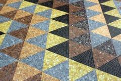 Ζωηρόχρωμα τρίγωνα σε ένα tessellation σύστασης μωσαϊκών Στοκ εικόνα με δικαίωμα ελεύθερης χρήσης