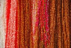 Ζωηρόχρωμα υφάσματα Στοκ φωτογραφία με δικαίωμα ελεύθερης χρήσης
