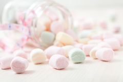 Ζωηρόχρωμα marshmallows στοκ φωτογραφία με δικαίωμα ελεύθερης χρήσης