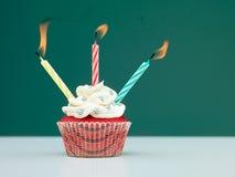 Ζωηρόχρωμα muffin κεριά Στοκ Εικόνες