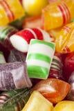 Ζωηρόχρωμες γλυκές σκληρές μέντες καραμελών στοκ εικόνα με δικαίωμα ελεύθερης χρήσης