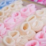 Ζωηρόχρωμες μικρούλες παντόφλες βαμβακιού Στοκ Εικόνα