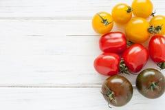 ζωηρόχρωμες ντομάτες Στοκ εικόνες με δικαίωμα ελεύθερης χρήσης