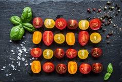 Ζωηρόχρωμες ντομάτες 2 στοκ εικόνα με δικαίωμα ελεύθερης χρήσης