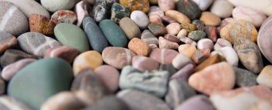 Ζωηρόχρωμες πέτρες παραλιών Στοκ Εικόνες