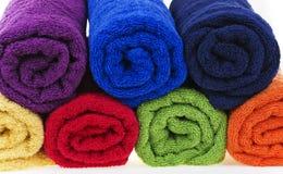 Ζωηρόχρωμες πετσέτες, ύφασμα βαμβακιού Στοκ φωτογραφία με δικαίωμα ελεύθερης χρήσης