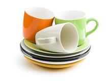 Ζωηρόχρωμες πιάτα και κούπες Στοκ Εικόνες