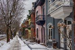 Ζωηρόχρωμες προσόψεις στο Μόντρεαλ στοκ φωτογραφία