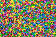 Ζωηρόχρωμες πλαστικές σφαίρες στοκ φωτογραφία