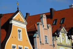 ζωηρόχρωμες στέγες σπιτιών Στοκ φωτογραφίες με δικαίωμα ελεύθερης χρήσης