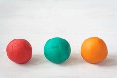 Ζωηρόχρωμες σφαίρες playdough Στοκ φωτογραφίες με δικαίωμα ελεύθερης χρήσης