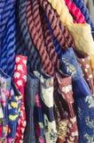 Ζωηρόχρωμες υφαντικές τσάντες με την τυπωμένη ύλη ελεφάντων Στοκ φωτογραφία με δικαίωμα ελεύθερης χρήσης