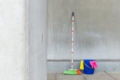 Ζωηρόχρωμες χρησιμότητες 1 καθαρισμού Στοκ φωτογραφία με δικαίωμα ελεύθερης χρήσης