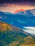 Ζωηρόχρωμη άποψη πρωινού Sciliar & x28 Schlern& x29  βουνό masive Στοκ φωτογραφία με δικαίωμα ελεύθερης χρήσης