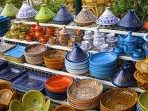 Ζωηρόχρωμη αγγειοπλαστική. Τυνησία. Στοκ Φωτογραφίες