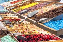Ζωηρόχρωμη αγορά candys Στοκ εικόνες με δικαίωμα ελεύθερης χρήσης