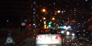Ζωηρόχρωμη βροχή πόλεων Στοκ φωτογραφία με δικαίωμα ελεύθερης χρήσης