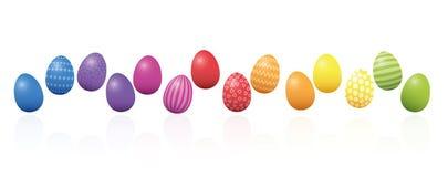 Ζωηρόχρωμη γραμμή αυγών Πάσχας που τακτοποιείται αόριστα διανυσματική απεικόνιση