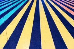 Ζωηρόχρωμη γραμμή στο πάτωμα στοκ εικόνες