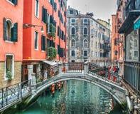 Ζωηρόχρωμη γωνία στη Βενετία Στοκ φωτογραφία με δικαίωμα ελεύθερης χρήσης